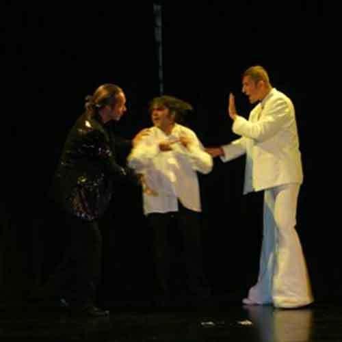 Teilnehmer auf Bühne