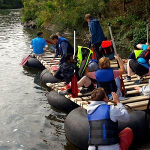 Floßbau das Outdoor Teamevent Limburg an der Lahn